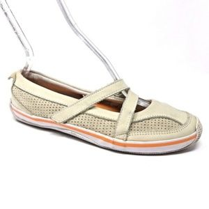Sperry Leather Mary Jane Flats Sneakers  (184)
